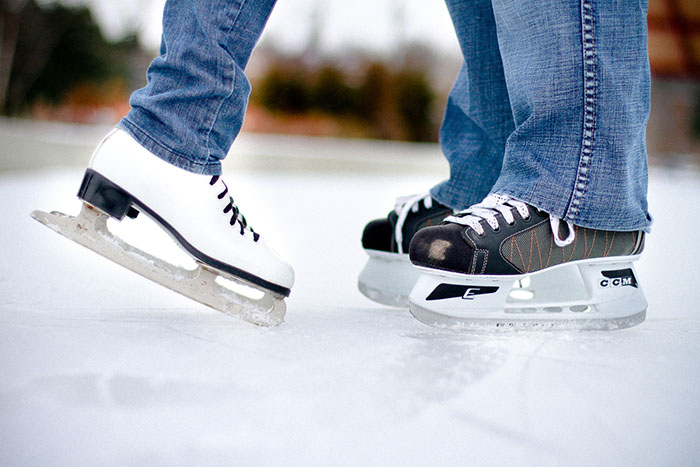 date-ideas-singapore-ice-skating