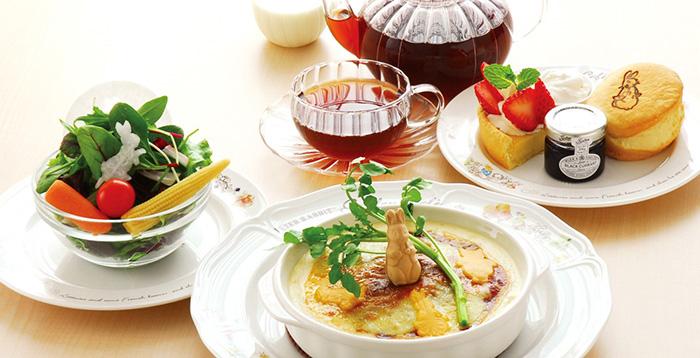 themed-cafes-tokyo-peter-rabbit-garden-cafe-food