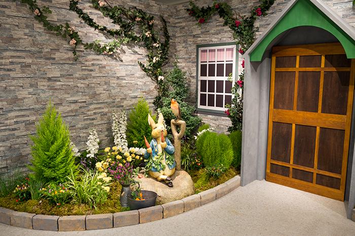 themed-cafes-tokyo-peter-rabbit-garden-cafe
