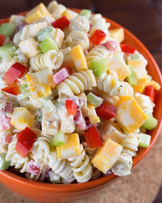 easy-pasta-salad-recipes-creamy-cheddar-pasta-salad