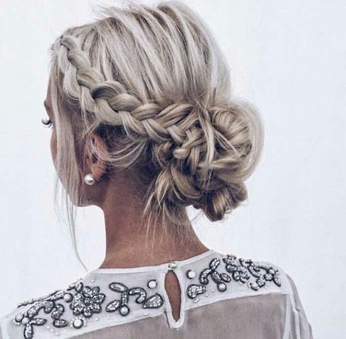 gym-hairstyles-braided-bun