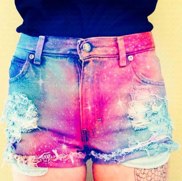 how-to-style-denim-shorts-ombre-shorts-galactic