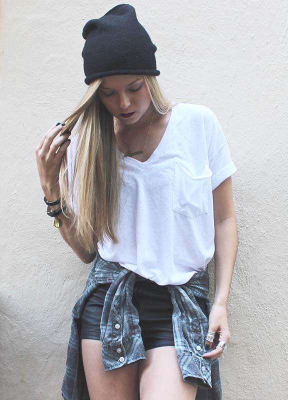 how-to-style-denim-shorts-outerwear-around-waist