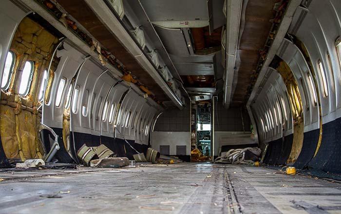 ootd-spots-in-bangkok-airplane-graveyard-cabin