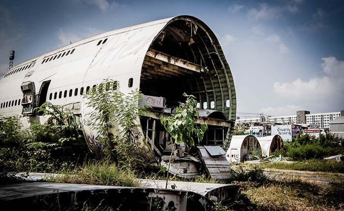 ootd-spots-in-bangkok-airplane-graveyard
