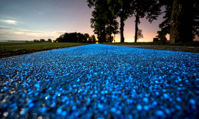 scenic-places-to-jog-singapore-glow-in-the-dark-path