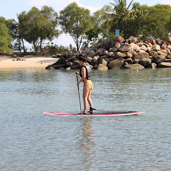 where-to-go-to-make-your-workout-extra-fun-paddle-boarding