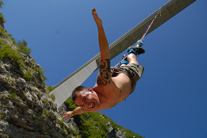 best-bungee-jumping-places-in-the-world-Altopiano-di-Asiago