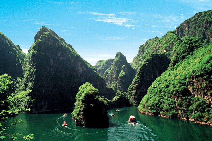 best-bungee-jumping-places-in-the-world-Longqing-Gorge-Bungee