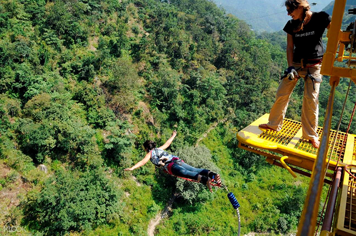 best-bungee-jumping-places-in-the-world-Mohan-Chatti