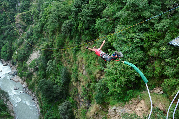 best-bungee-jumping-places-in-the-world-The-Last-Resort