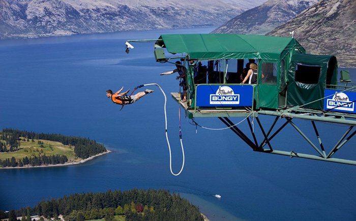 best-bungee-jumping-places-in-the-world-The-Pipeline-Bungee