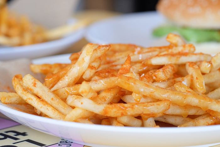 cheap-gourmet-burgers-singapore-I-Love-Burger-Lah-fries