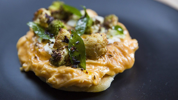 melboune-cafes-Higher-Ground-Melbourne-cauliflower-scramble