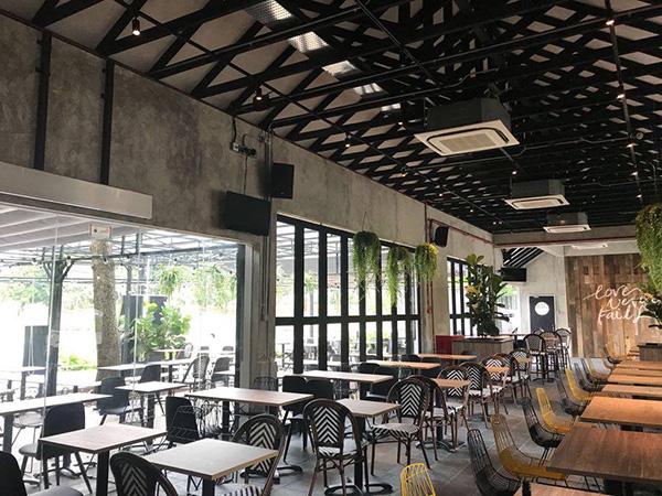 pet-friendly-establishments-in-singapore-five-2