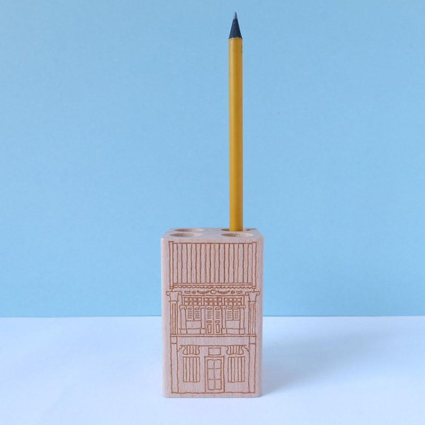 Best-organisational-items-pencil-holder
