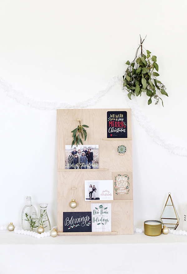 best-tips-to-decorate-your-HDB-christmas-card-display