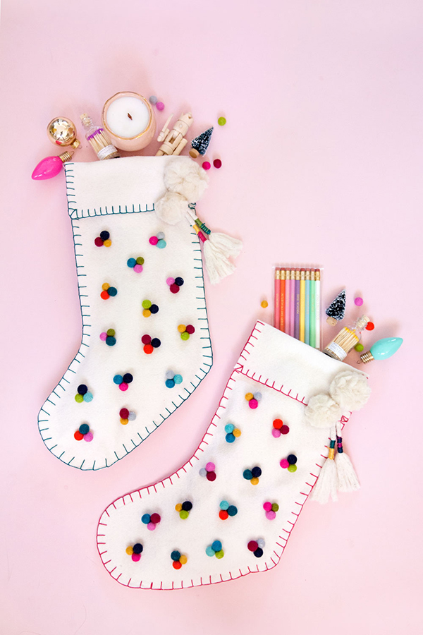 best-tips-to-decorate-your-HDB-christmas-stocking