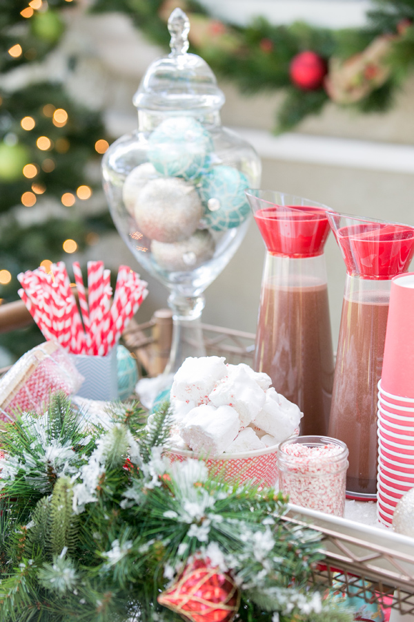 best-tips-to-decorate-your-HDB-hot-chocolate-stand