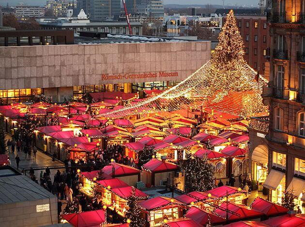 cities-to-go-to-during-christmas-Cologne-Germany