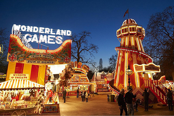 cities-to-go-to-during-christmas-London-England
