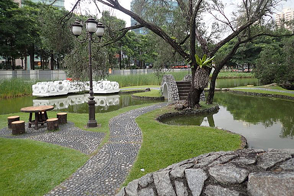 interesting-picnic-spots-singapore-toa-payoh-town-park-2
