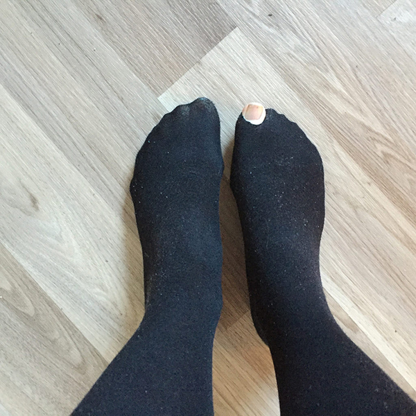 what-to-throw-out-of-wardrobe-socks-with-holes
