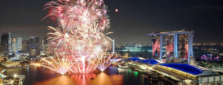 5 best spots in Singapore to catch the fireworks on New Year's Eve