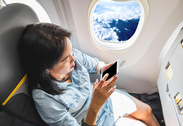 airplane-hacks-for-long-flights-pick-seat-wisely