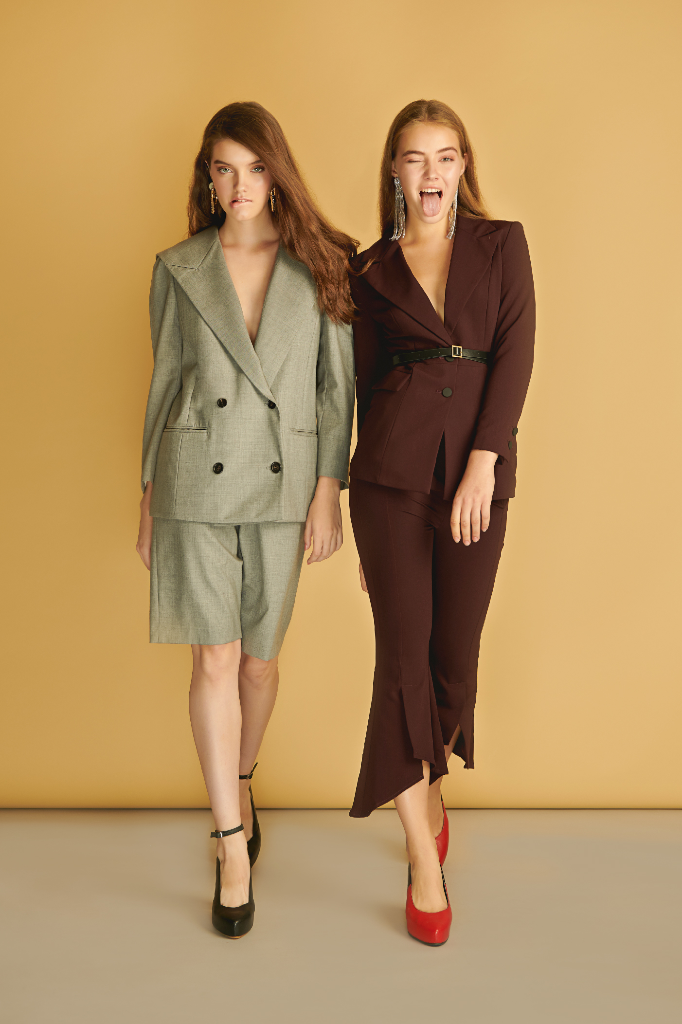 https://s3-ap-southeast-1.amazonaws.com/bchurunway/lookbook/fashion-bold/lookbook_fashion+Bold_edit+photo-04.jpg