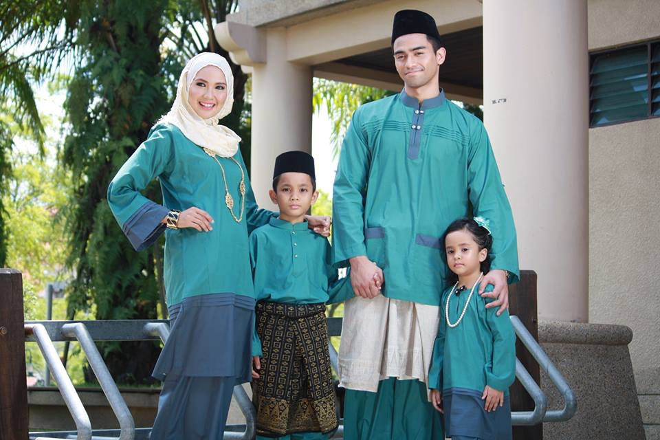 raya family photoshoot