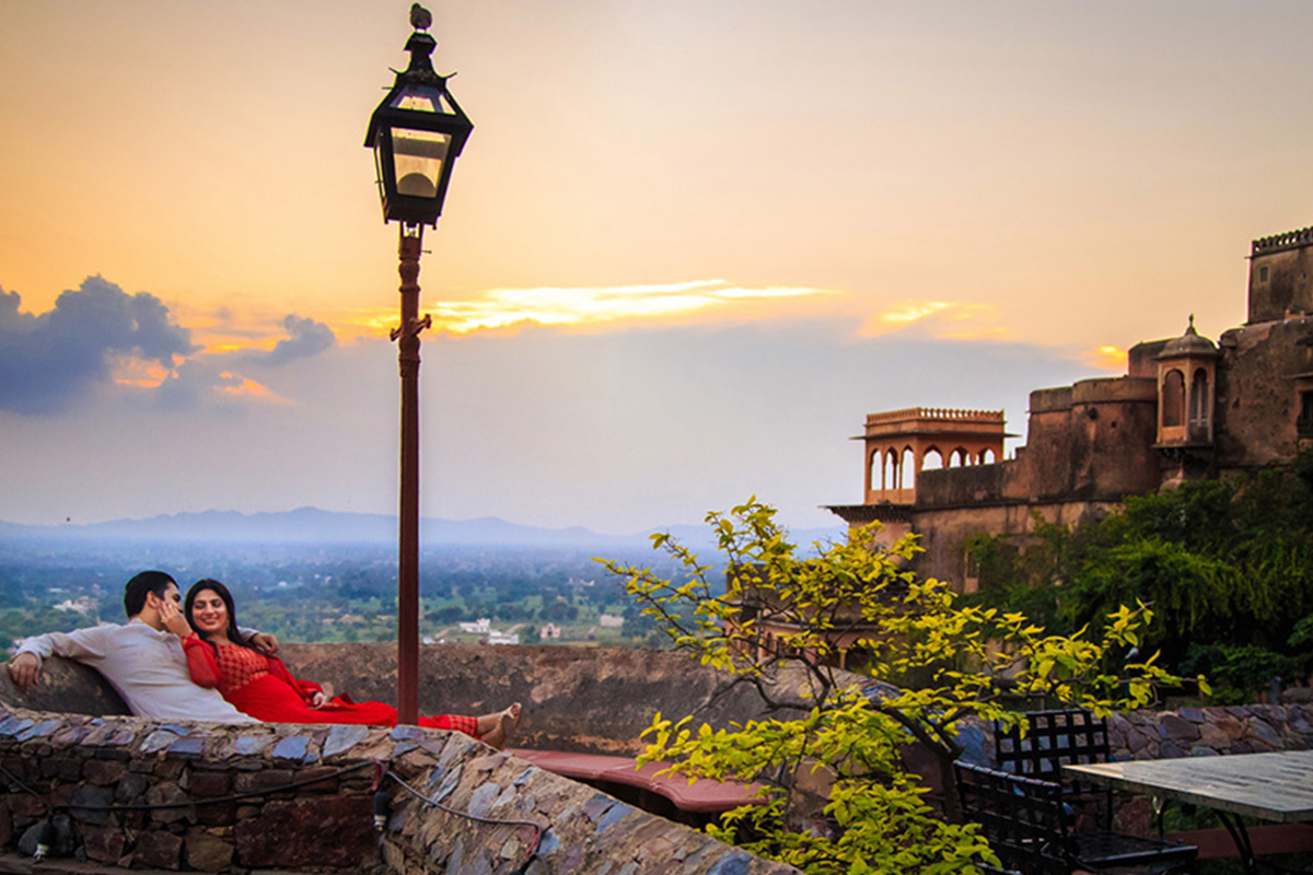 Neemrana Fort Palace-feature image