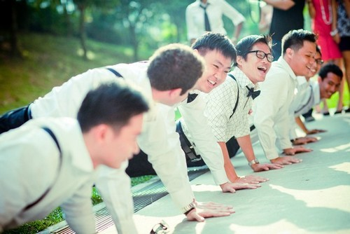 wedding-push-ups