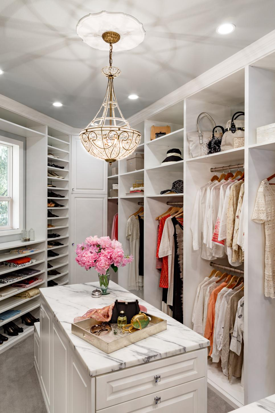 sleek-and-luxurious wardrobe