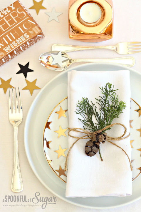 subtle-touches to your christmas table