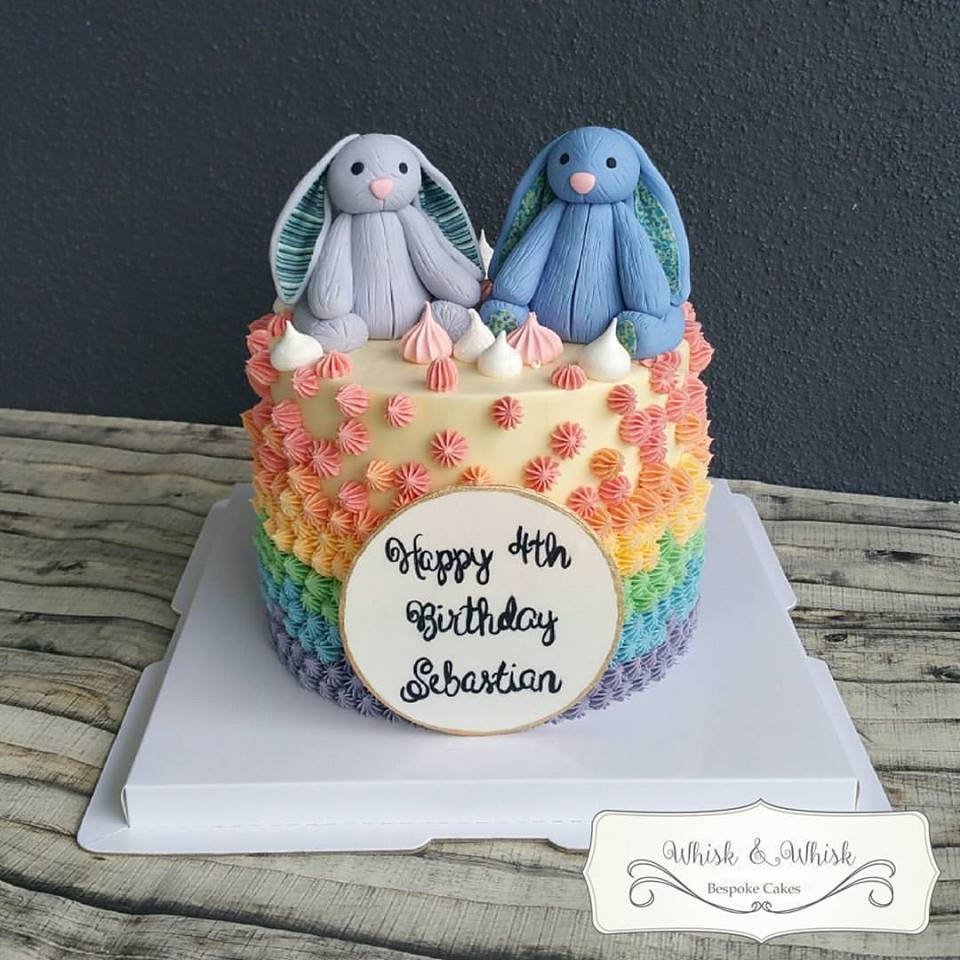 Photo credit: Whisk & Whisk Bespoke Cakes