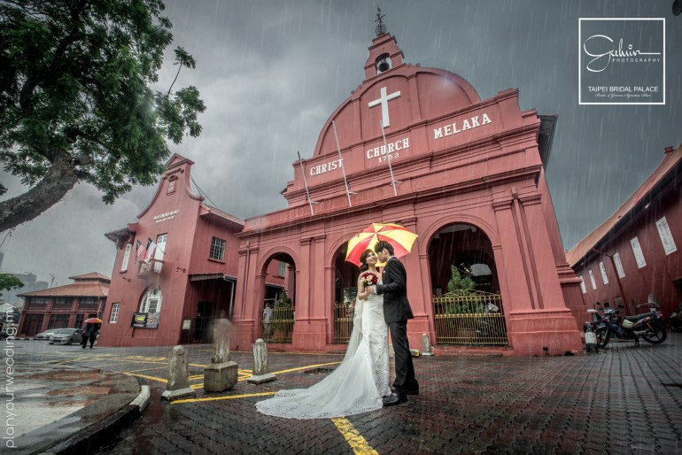 prewedding photoshoot in rain, malacca