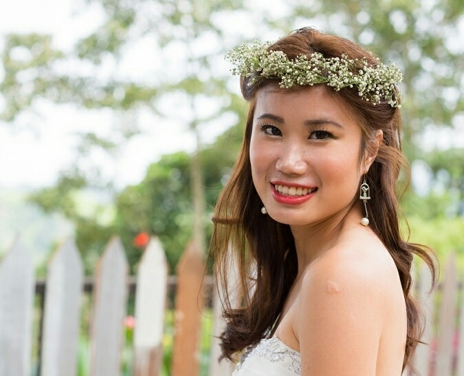 pretty chinese bride - makeup tips