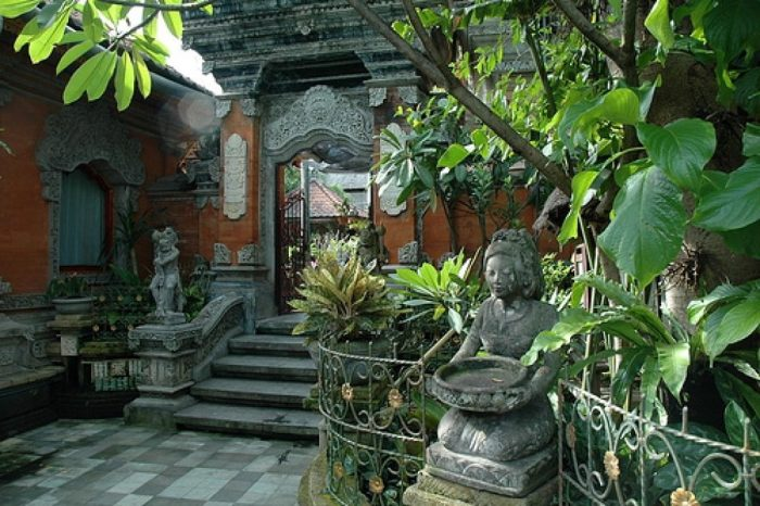 Ways to have a gorgeous balinese garden at home