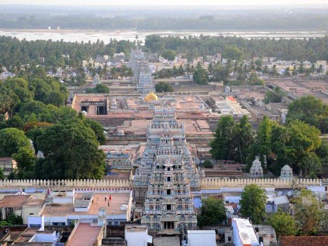 An-Aerial-view-of-Sri-Ranganathaswamy-Temple-Srirangam