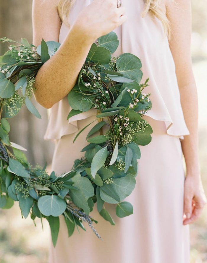 green hoop bouquet