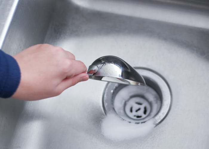 How-to-Naturally-Clean-a-Clogged-Drain-4