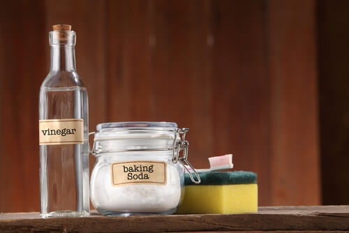 Baking Soda + Vinegar Can Clean Practically Everything