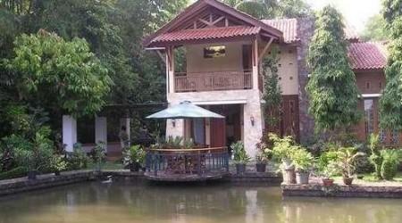villa taman asri yang nyaman