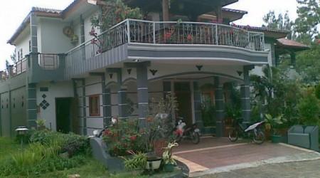 Villa Kota Bunga Homey
