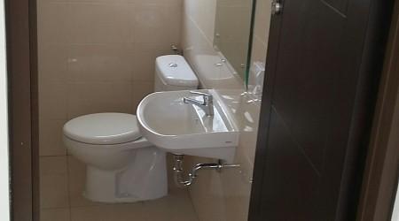 Kamar mandi lt.1