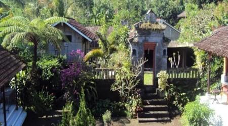 Hotel nuansa etnik di karangasem