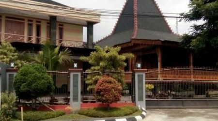 Sewa Villa Dan Private Pool Cipanas