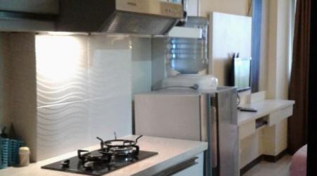 Dapur komplit, Kulkas dispenser,kompor gas,dll
