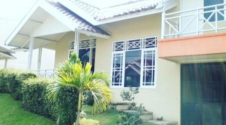Villa d'orchid park 3 kmr, puncak